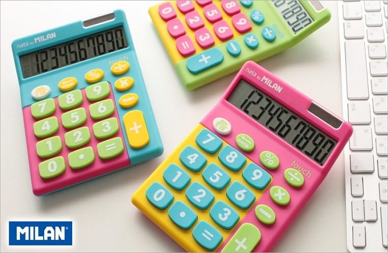 Η ισπανική εταιρεία Milan έχει την δική της ομάδα σχεδίασης  με αποτέλεσμα να δημιουργεί μοντέρνα και ξεχωριστά calculators για καθημερινή χρήση.